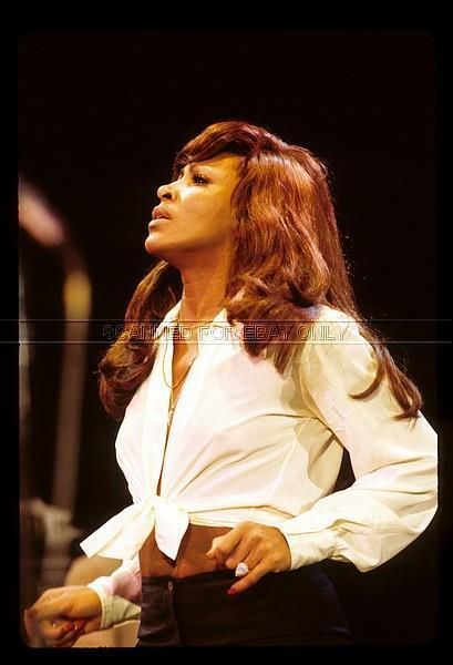 Tina Turner 8x10 Photo *FREE SHIPPING*10-28-16-428