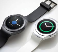 A look at the latest and best Android smartwatches landing in Stores late 2015.