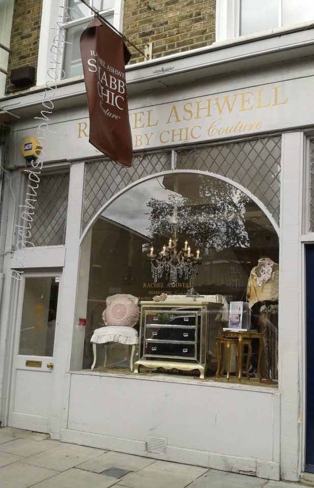 rachel ashwell 39 s london shabby chic shop cute storefront pinterest shabby chic shabby and. Black Bedroom Furniture Sets. Home Design Ideas