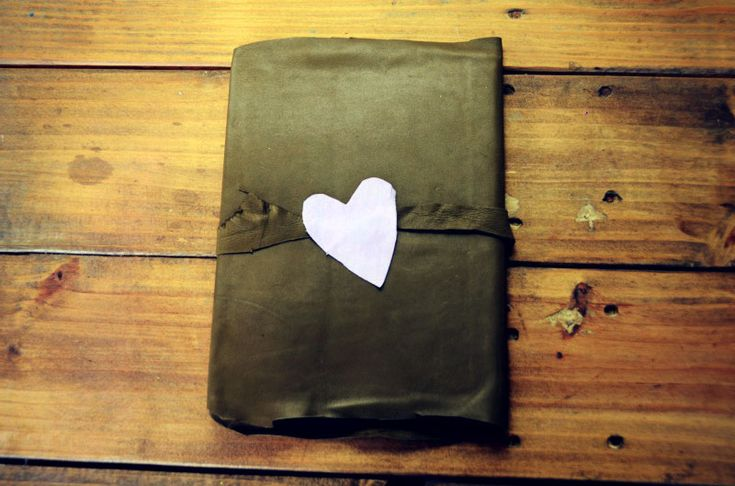 DIY leather bound journal - perfect for your own notebook needs or makes a great Valentine's gift!