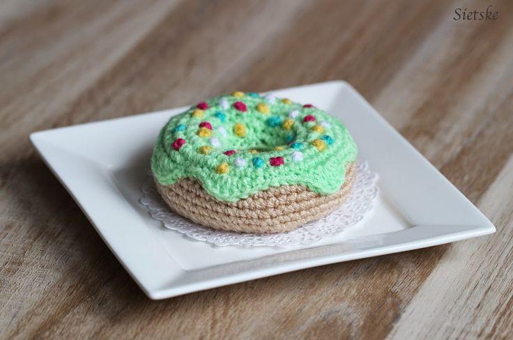 Sietske's Hobby's: gebakjes, #haken, gratis patroon, Nederlands, gebak, donut, voedsel