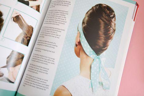 60-tals frisyrer - tuperat, hårband