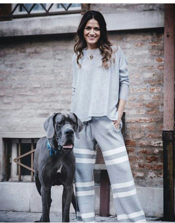 Buona serata amici :-) #stefanel #stefanelvigevano #look #moda #trendy #shopping #negozio #shop #vigevano #lomellina #piazzaducale #model #models #foto #photo #instagram #instalook #outfit #abbigliamento #wool #pants #pantalone #dog #riga #sweater