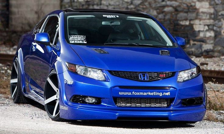 Tricked Out Showkase - A Custom Car | Sport Truck | SUV | Exotic | Tuner | Blog: Wild Ultrasonic Blue Pearl 2012 Honda Civic Si