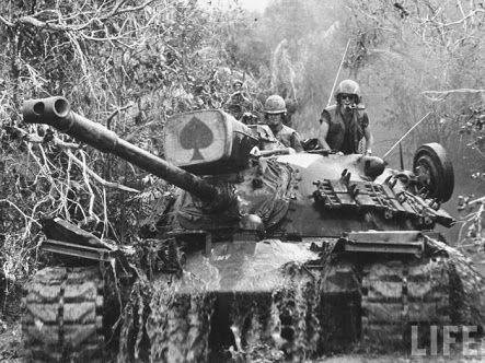 m48 patton tank mucking thru the shit