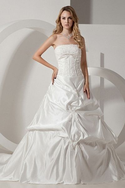 Strapless Ball Gown Lace Wedding Gowns wr0254 - http://www.weddingrobe.co.uk/strapless-ball-gown-lace-wedding-gowns-wr0254.html - NECKLINE: Strapless. FABRIC: Lace. SLEEVE: Sleeveless. COLOR: Ivory. SILHOUETTE: Ball Gown. - 145.59