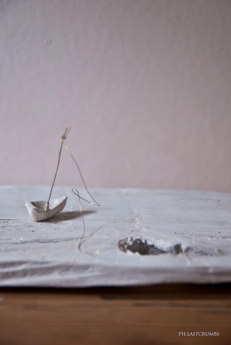 #everydayisanewwave #newcollection2016 #waves #onde #mare #lastcrumbs #handmade #myhandmade #pottery #clay #ceramica #fattoamano #summer #madeinitaly #mystyle #ultimebriciole #design #maker #artigianato #art #boat #barca #navigare #gabbiani #flyaway #seagulls #recycle #sculpture