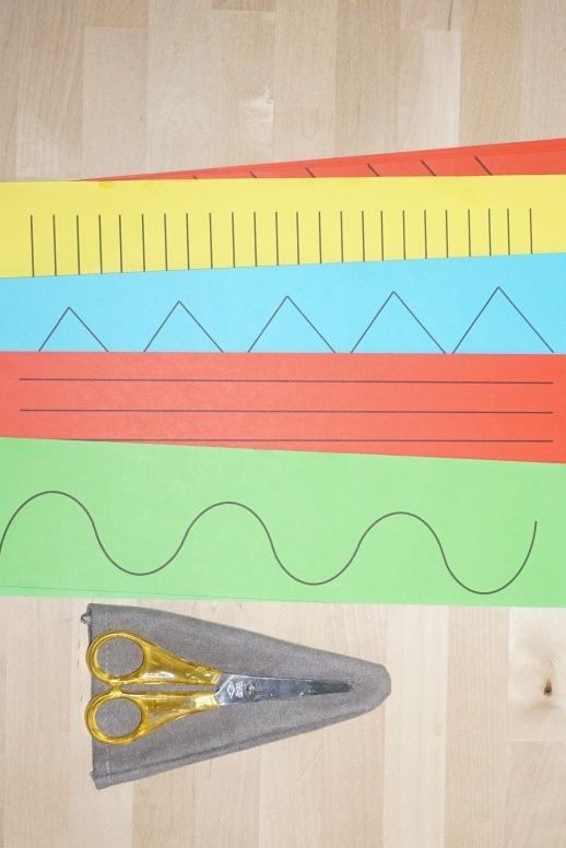 Montessori Inspirierte Feinmotorikübung Schneiden Kita