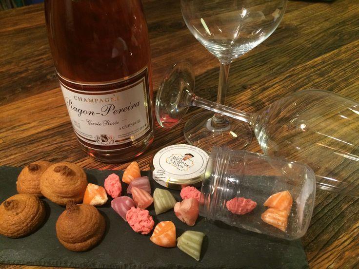 #Valentin Day #Champagne #Macaron #Paris #Love