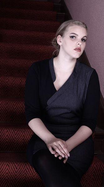 www.nara.com.de Kleider -  NARA ® Elegantes Schlankeffekt Kleid Asymmetrisch - ein Designerstück von Berlinerfashion bei DaWanda