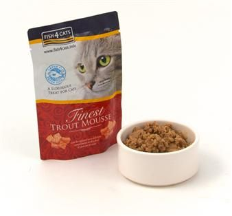 Made with Trout and Seaweed, this light, airy mousse will be a gastronomic delight for your cat.  Finest Salmon Mousse for Cats can be enjoyed as a compliment to dry food or just on its own.  Naturally gluten free with no artificial preservatives or colourings added.  Why not try our fabulously fishy complete food too?  Hands off you dogs – this one is for us cats!