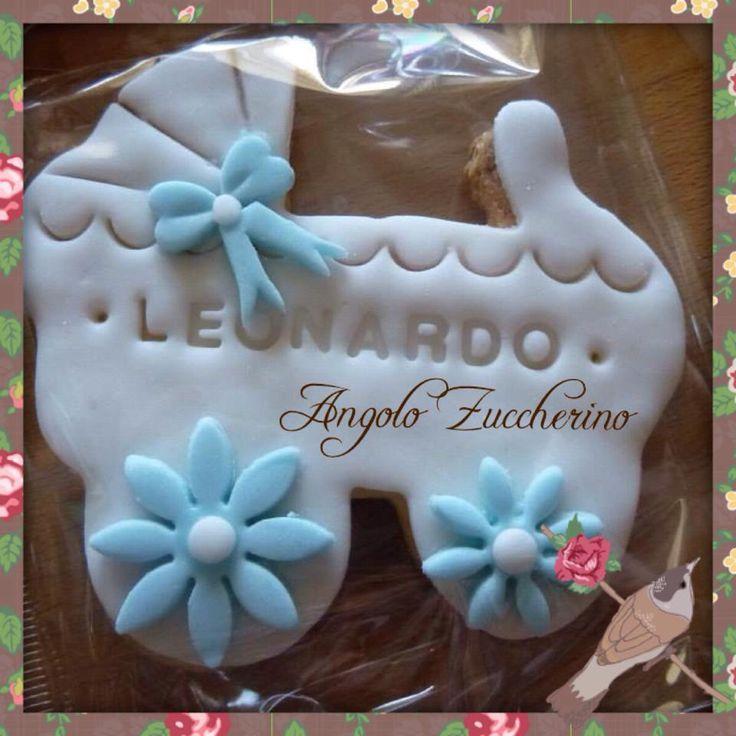 Biscotto decorato in pasta di zucchero per battesimo bimbo