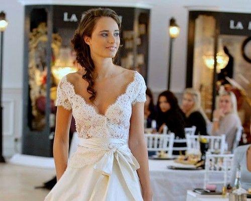 what a gorgeous wedding dress!