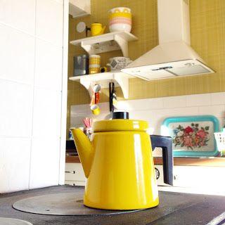 Keltainen kahvipannu: Tästä se alkaa...