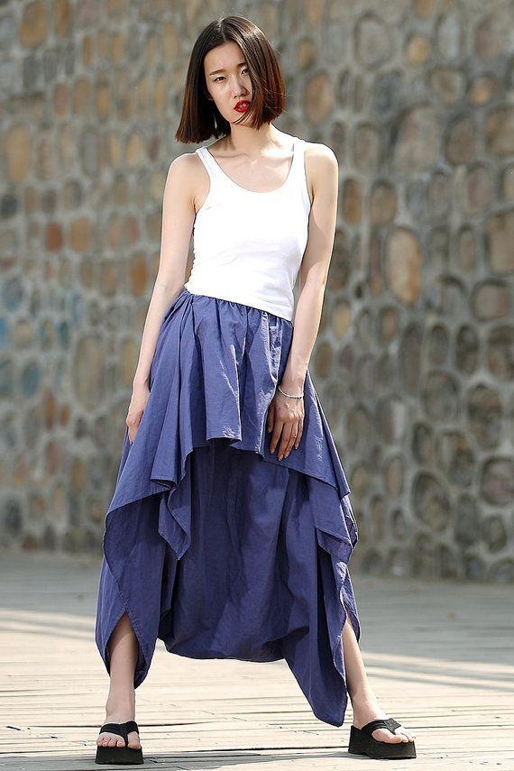 Mellanie monroe в синей юбке