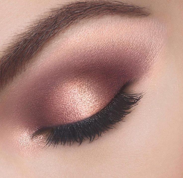 Olho na sombra rose e dourada
