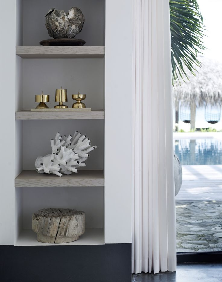 White, grey and touches of gold - Decoration suggestions and home interior ideas - Piet Boon Styling by Karin Meyn