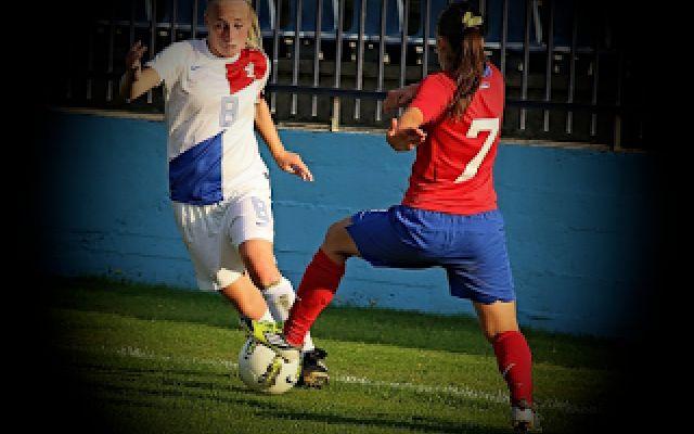 Calcio femminile: la prestazione è influenzata dallo stereotipo? Stereotipi e performance: In questo periodo si fa un gran parlare di calcio femminile anche alla luce del successo ottenuto da questo sport all'estero. In Italia, come molti lettori sapranno, le raga #calciofemminile #calcio #sport