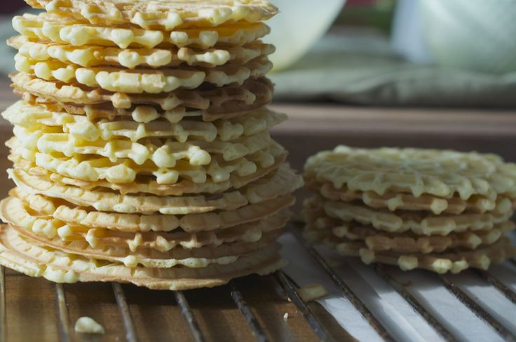 homemade pizzelles! perfect for any christmas party or potluck! check the recipe and more photos at www.lesswithbread.me!