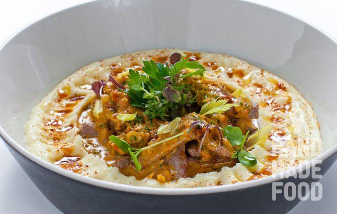 Баскский рубленый стейк Ачоа с картофельным пюре! http://handmadefood.ru/recipes/baskskiy-rublenyy-steyk-achoa-s-kartofelnym-pyure