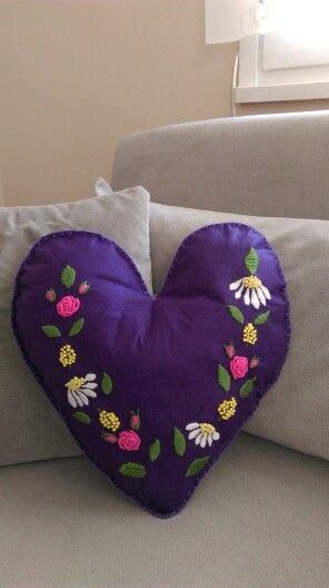 Felt embroidery cushion