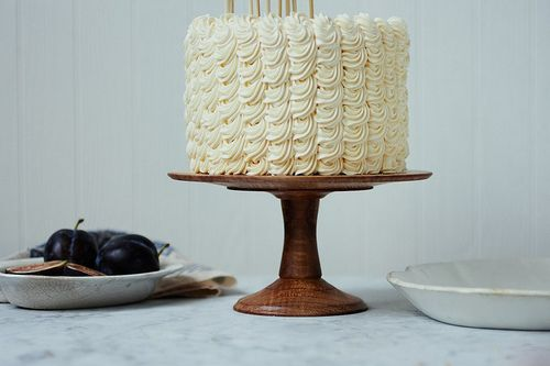 Ruffle buttercream.: Wooden Cakes Stands, Cakes Cupcakes Ideas, Simple Cakes, Cakes Toppers, Herriott Grace, Eating Cakes, Cakes Design, White Cakes, Wood Cakes Stands