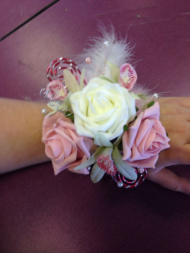68 best images about Senior ball corsages on Pinterest ...