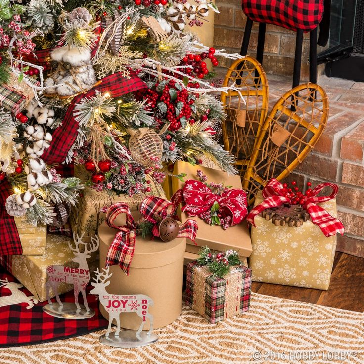Give Your Christmas Decor Cozy Cabin Charm With This Warm And Rustic  Collection.