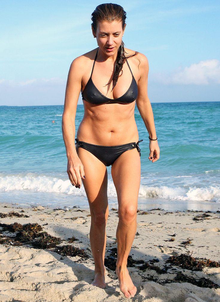 Kate Walsh 45 Reveals Super Toned Bikini Body In Miami