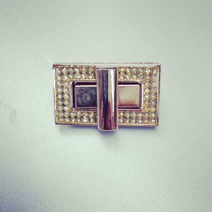 #Diamonte light gold metal turn lock 37 mm x 21mm , purse lock twist ,#purse turn lock, #clutch bag lock, light gold, #lock  https://www.etsy.com/listing/194457814/diamonte-light-gold-metal-turn-lock-37?ref=shop_home_active_5