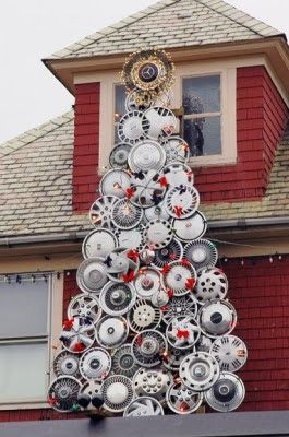 Hubcaps Christmas Tree