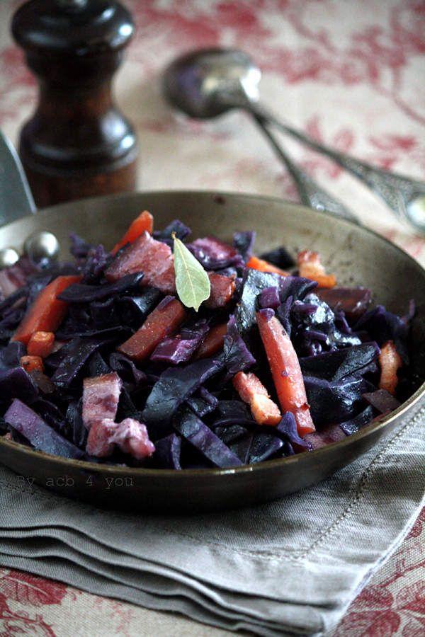 Avant je ne cuisinais le chou rouge qu'en salade mais c'était avant. Depuis que je l'ai découvert en version cuite j'en fais régulièrement et accompagné de saucisses ou simplement braisé avec du lard cela passe tout seul auprès des enfants. Cuisiné ainsi...