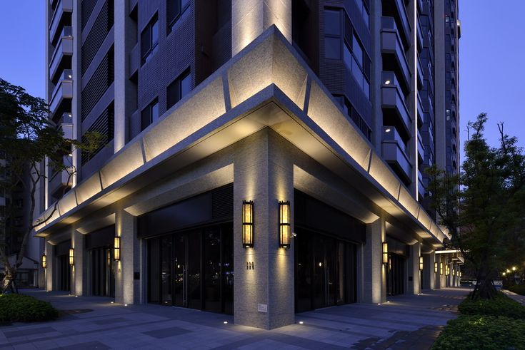Best 25 facade lighting ideas on pinterest factory for Design consultancy chicago