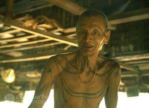 mentawai-shaman2-siberut-island-sumatran-trails-001