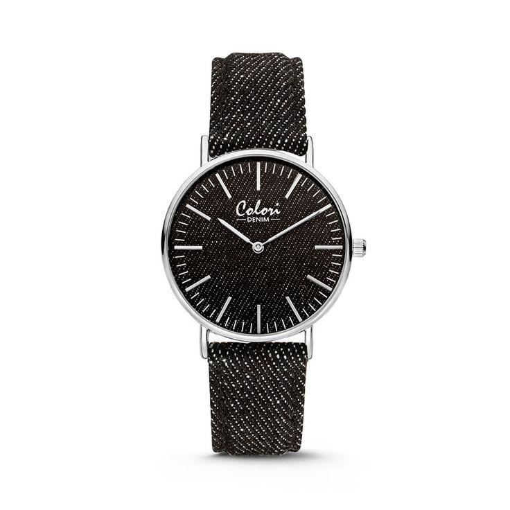Colori Horloge Denim staal/denim zwart 36 mm 5-COL413. Colori horloge heeft een zwarte denim band. Wat opvallend aan deze horloge is de denim-look op de wijzerplaat. De 36mm horloge is simpel en is geschikt voor elke dame.