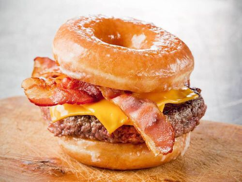 Bacon donut burger, O...M...G, i think i need some alone time!!!!