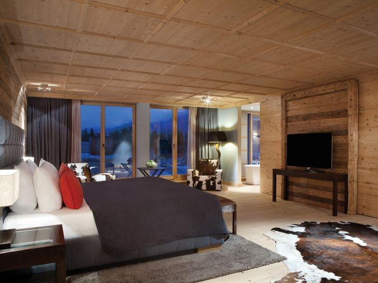 Die besten 25+ Bett zwischen den Fenstern Ideen auf Pinterest - schlafzimmer ohne fenster