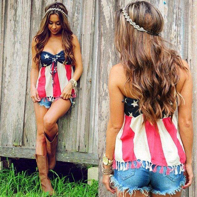 Flag tube top tank, cutoffs, brown boots. Adorable 4th of July outfit! #4thofjuly