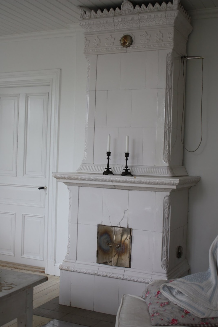 Old Swedish tiled stove (kakelugn)