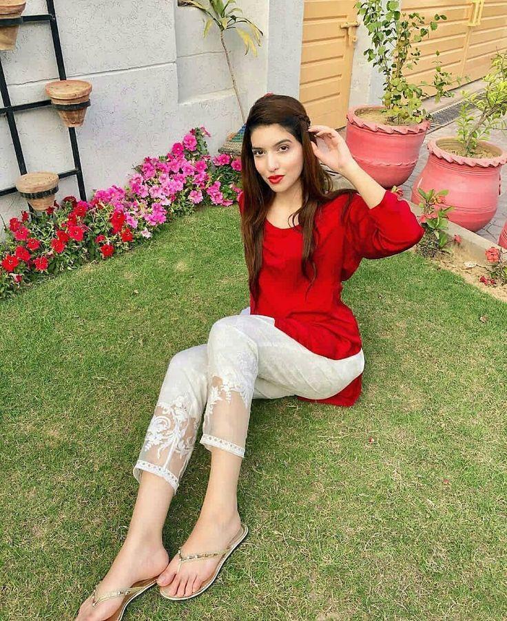 She's Heavenly Pretty And Adorable Ravishing 😍😍 Beauty ...