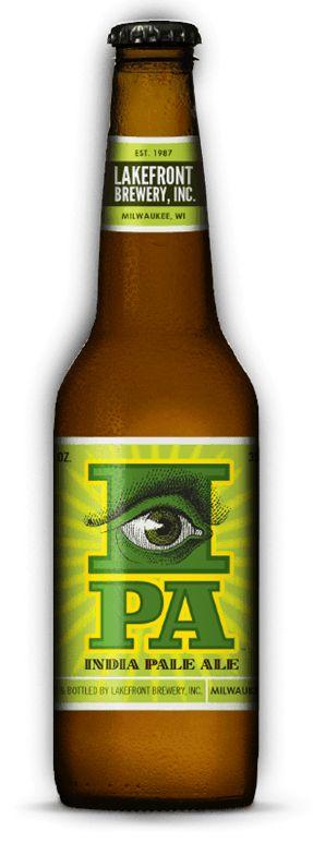 Cerveja Lakefront IPA, estilo India Pale Ale (IPA), produzida por Lakefront Brewery, Estados Unidos. 6.6% ABV de álcool.