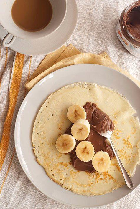 Receta de Crepes con nutella y banana de dificultad Fácil para 2 personas lista en 20 minutos.