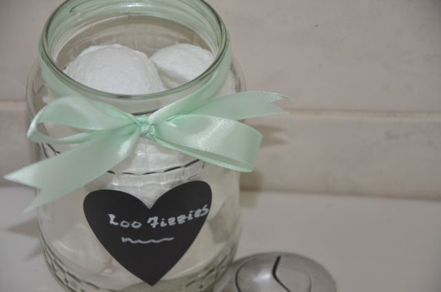 DIY Loo Fizzies - like a bath bomb for your toilet!