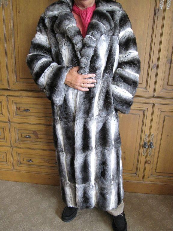 John Galliano Men S Full Length, How Much Is A Full Length Chinchilla Fur Coat