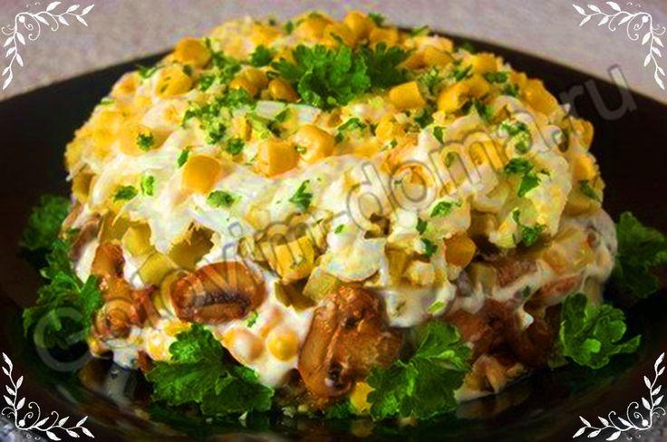 Рецепт салата из курицы грибов свежих огурцов