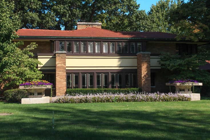 17 best images about champaign memories on pinterest for Frank lloyd wright stile prateria