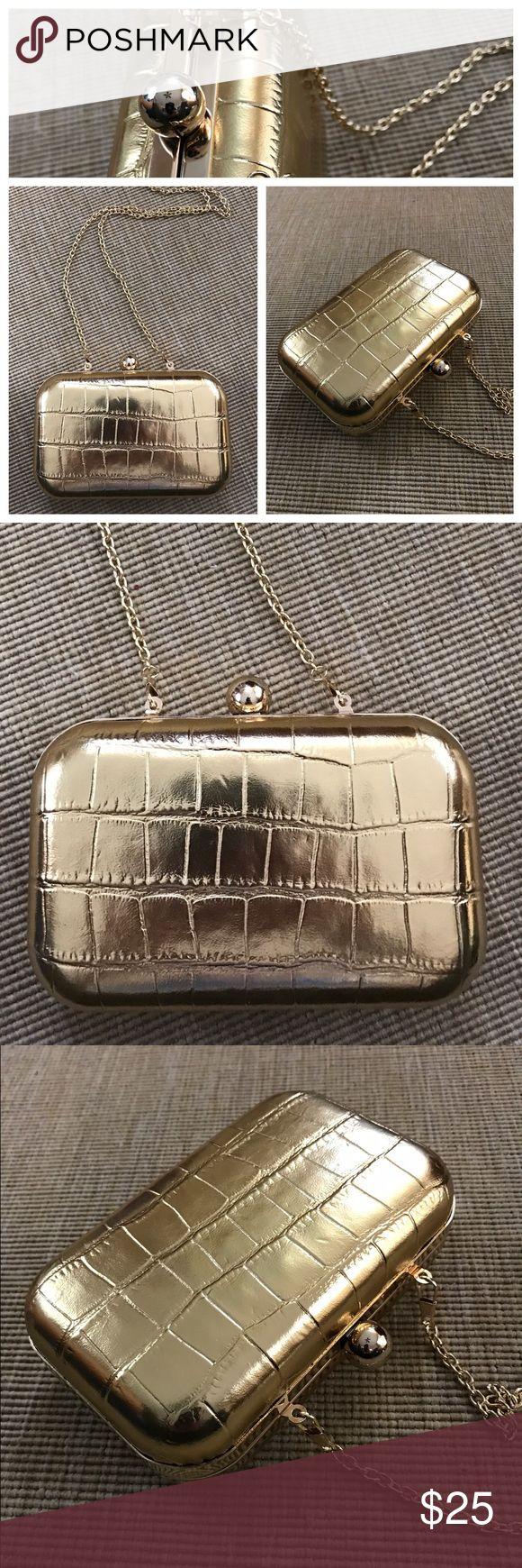 "Gold Croc Print Box Purse Harvey Nichols London Brand new, Gold crocodile print box purse by Harvey Nichols, London, U.K. Detachable chain strap - 23"" long. 2"" X 6"" X 2"". Stunning- a real statement piece. Harvey Nichols, London Bags Shoulder Bags"