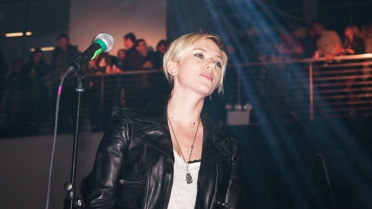 Scarlett Johansson, Jonah Hill, Karen O Sing Dizzying Set List at Vice Anniversary Party - The Hollywood Reporter