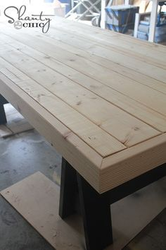 DIY Table Inspired by Pottery Barn - I would like a table like this for my patio...