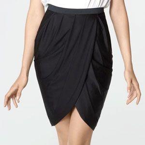 Nos encantó esta falda, la queremos en rojo, ¿y ustedes?  #Singer #original #yolohice #falda